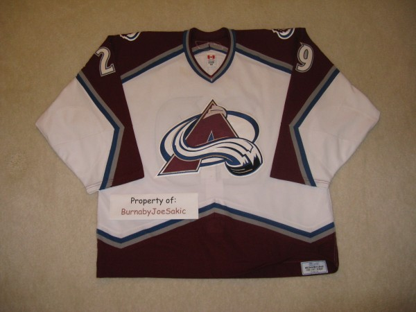 Scott Parker 2006-2007 white Avs game worn